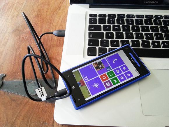 HTC подключен к компьютеру по USB